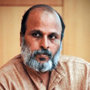 Dr.Jayakumar